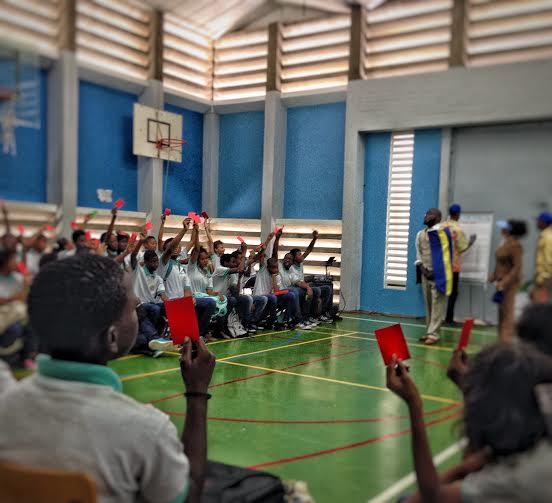 Reportage Caribisch Netwerk: Kadaken gaat de confrontatie aan